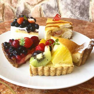 ケーキ(パティスリー ル・フルティエ )