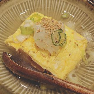 テールスープで作った出汁巻き玉子(牛タン 伊地知)
