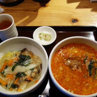 中華丼と担々麺のセット(チャイナキッチン 麻婆)