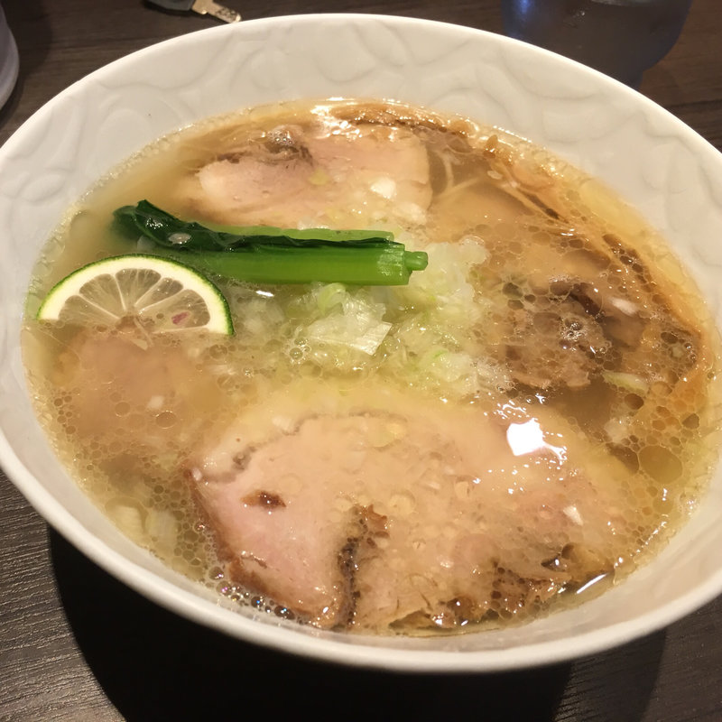 塩 金華豚特上チャーシュー麺