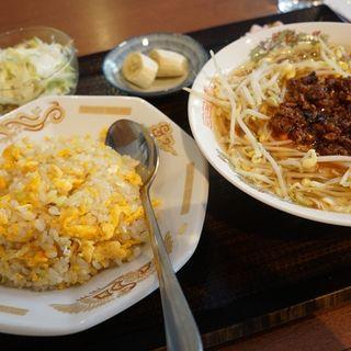 肉味噌ラーメン定食(中華料理 香香 (チュウカリョウリ シャンシャン))