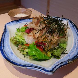 海鮮とろろサラダ(博多個室割烹 活き鮮魚 うみまる 博多筑紫口本店)