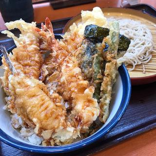 海鮮天丼(小そばのセット)(天丼てんや 調布とうきゅう店 )