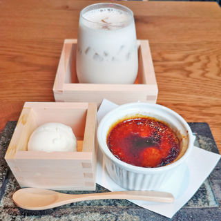 自家製ほうじ茶ブリュレ(KINKA sushi bar izakaya 六本木)