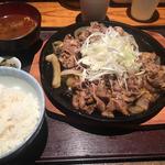 牛すき鉄板定食(葱や平吉 高瀬川店 (ねぎやへいきち))