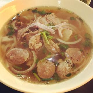 Combination Beef Hofan Soup