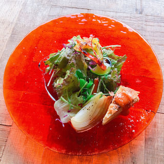 サラダ(カモン ピウ (kamon piu))