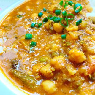 ひよこ豆と野菜カレー(スパイス バル ザフラン)