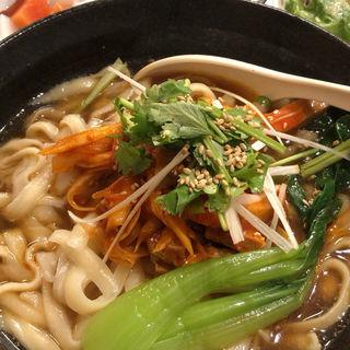 ネギ叉焼刀削麺(西安亭)