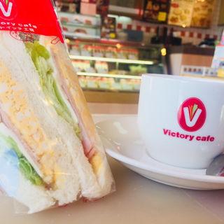 ロースハムエッグサンドイッチ(ビクトリーカフェ 上本町店 (Victory cafe))