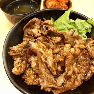 ピリ辛焼肉丼 肉1.5倍 肉ノーマル(肉のヤマキ商店)