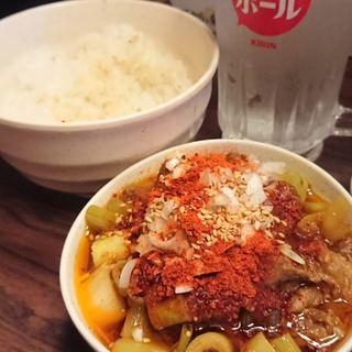 ヤミ市特製煮込み(焼肉・ホルモン料理 とらじ亭 上野本店)