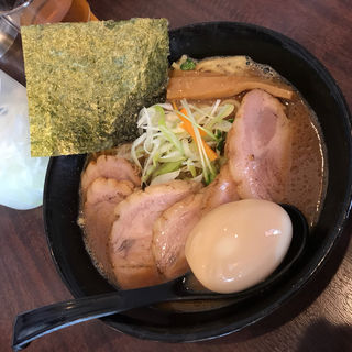 らぁ麺 チャーシュー&味玉 増し(らぁ麺 はせ川)