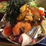上バラ海鮮丼、ウニ追加