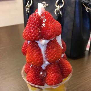 季節のフルーツパフェ(芳川屋 (ヨシカワヤ))