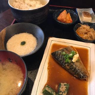 鯖の味噌煮定食 とろろ付(まる さんかく しかく )
