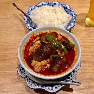 森のカレー(鶏肉)(ムアン・タイ・なべ )