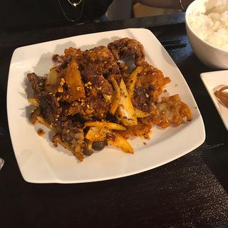牛肉の唐揚げ(麻辣)(蜀膳坊)