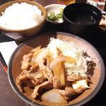 鶏生姜焼き定食