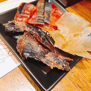 炙り三種盛り(立ち飲み日本酒2。2坪)