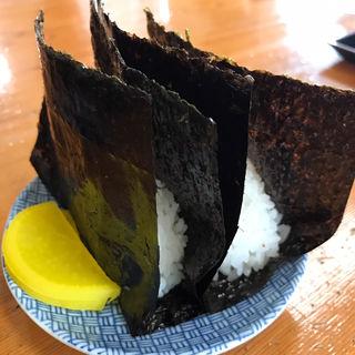 有明産最高級海苔使用のおにぎり(太昌うどん)