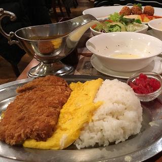 ポークカツカレー(レストラン スター 京極店 (Restaurant STAR))