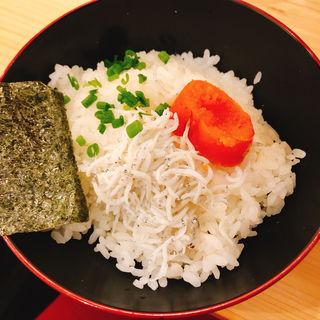 明太しらす丼(焼きあご塩らー麺 たかはし 歌舞伎町店)