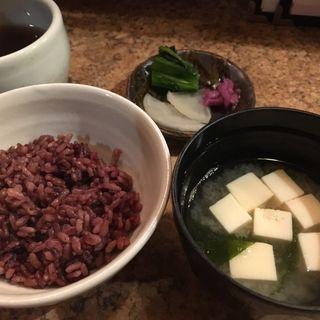 黒米と味噌汁(天ぷら処 夢風)