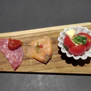 コースの前菜(パフェ、酒、珈琲「佐藤」)