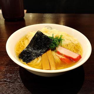 白だしワンタン麺ハーフ(支那そば 八雲 (しなそば やくも))