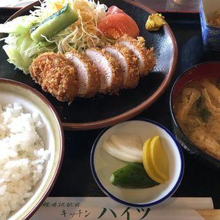 ひれかつ定食(キッチンハイツ )