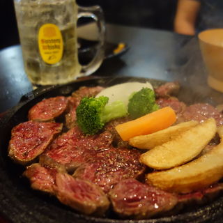 テンダーステーキ定食 300g(肉が一番 )