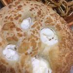 4種のチーズ塩パン