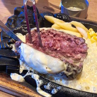極みブロンコハンバーグ + フォンデュ風チーズソース(ブロンコビリー 萩野通店)
