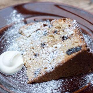 クランベリーとクルミのバターケーキ(パーランド (parland))