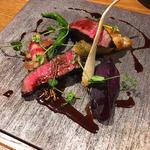 牛フィレ肉の赤ワイン煮