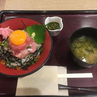 特上漁師丼(小田原港 わらべ)