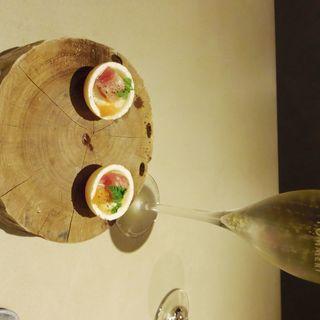 旬の北海道産食材をふんだんに使用したコース