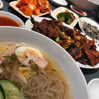冷麺 小(元祖 平壌冷麺屋 川西店 )