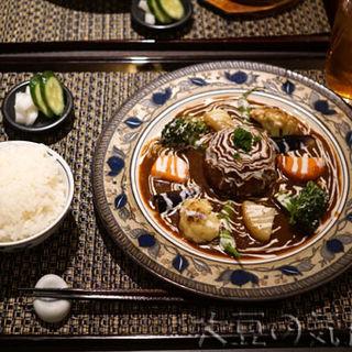 ハンバーグステーキ・シチューソース(シチューとカレーの専門店 銀座 古川)
