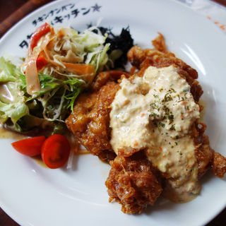 もも肉のチキン南蛮定食(タカチホキッチン)