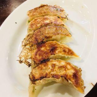 焼き餃子(大鵬閣の餃子BAR 浅草伝一郎)