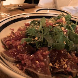カツオとパクチーのサラダ(ラ ピヨッシュ)