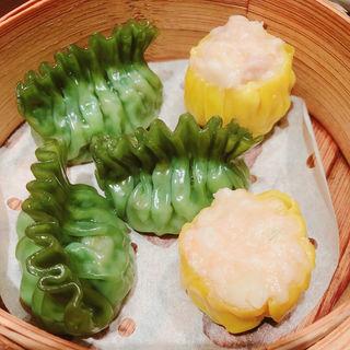 翡翠餃子と広東風焼売(荘園中華と飲茶 Lei can ting (リー・ツァン・ティン))