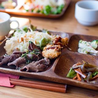 牛タン定食+豆腐ナゲット(Spoon )