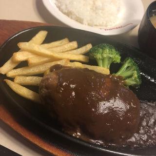 デミグラスハンバーグランチ(肉の万世 高島平店 (ニクノマンセイ))