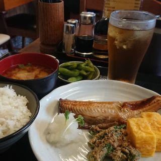 焼魚定食 ほっけ
