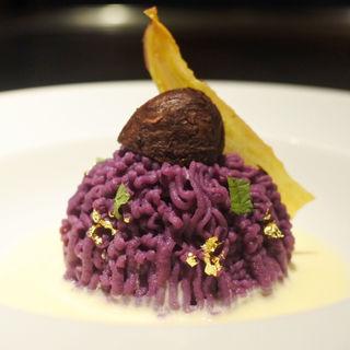 ティラミスと紫芋のモンブラン(鉄板ステーキ 淀屋)
