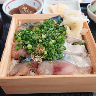 金華さば漬け丼(道の駅 上品の郷 レストラン栞 (ミチノエキジョウボンノサト レストランシオリ))