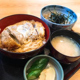 かつ丼セット(十六文 そば七 (そばしち))